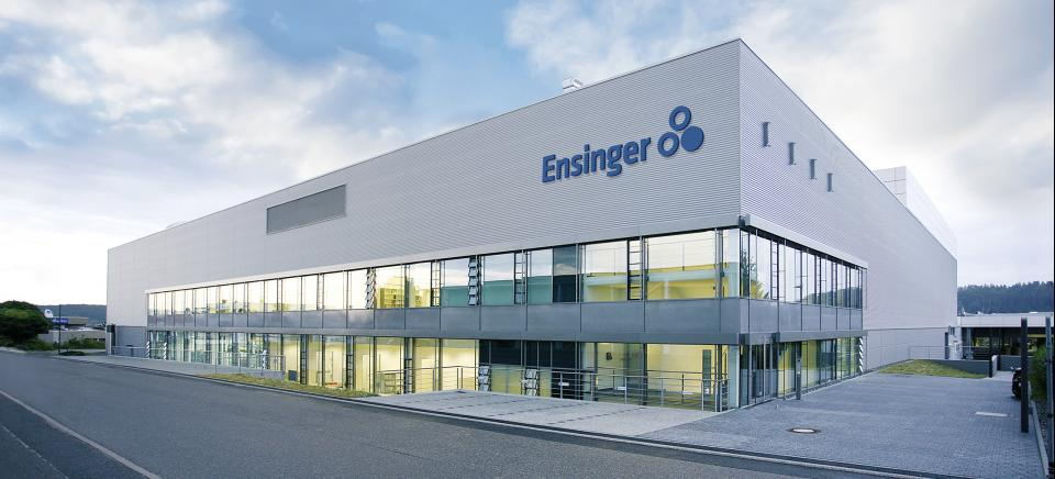 Ensinger Logistik, Produktion, Verwaltung
