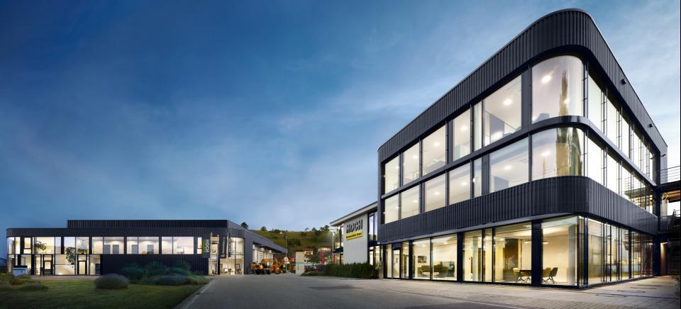 Hoch Baumaschinen Neubau Hauptverwaltung