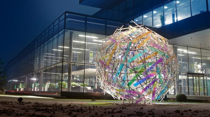 Globussphäre von Gordon Huether für Arburg
